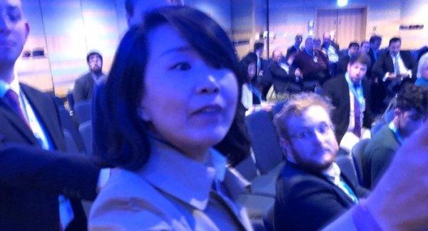 Phóng viên Trung Quốc bị bắt vì tát người tại hội nghị về Hong Kong