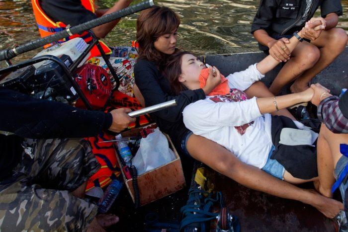 Những hình ảnh mới nhất về lũ lụt tại Bangkok.38