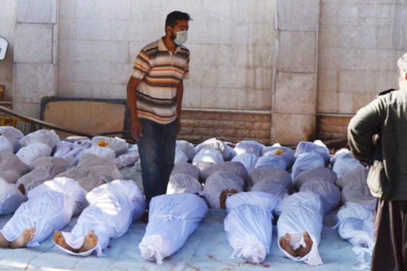 Gần 100 người thiệt mạng, bao gồm cả 11 đứa trẻ vô tội cùng hàng trăm người khác bị thương sau cuộc tấn công hóa học tại Syria. (Ảnh: Ryb.ru)
