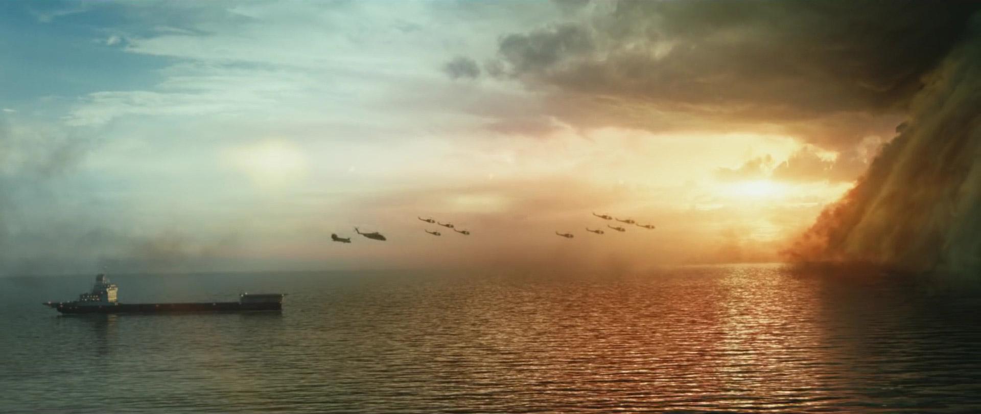 Chiếc tàu tới từ… tương lai với tổng cộng 12 chiếc máy bay trên trời