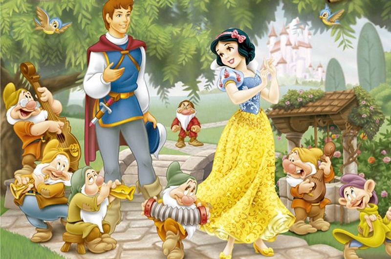 Công chúa Bạch Tuyết và 7 chú lùn. (Ảnh sưu tầm từ internet)