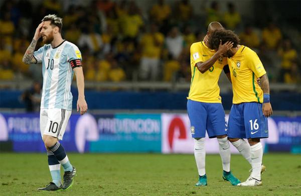 Messi không thay đổi được số phận Argentina trong khi Brazil quá mạnh trong lối chơi tập thể. Ảnh: Reuters