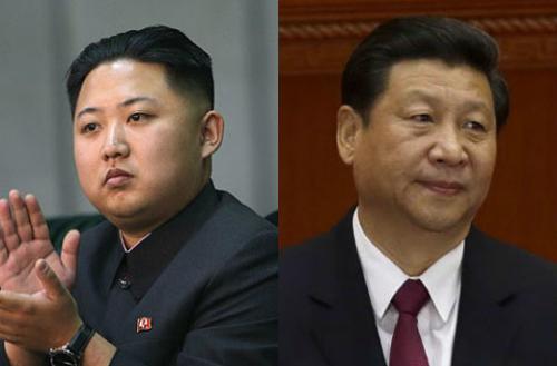 Chủ tịch Trung Quốc Tập Cận Bình (phải) và lãnh đạo Triều Tiên Kim Jong-un.