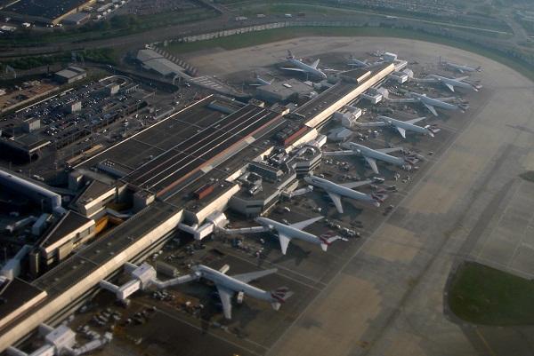 Sân bay Quốc tế Heathrow của Anh.
