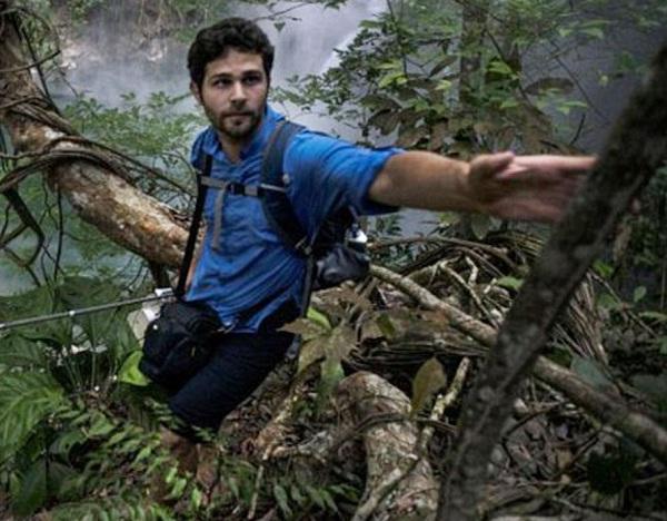 Ruzo trên đường đi tìm dòng sông huyền thoại giữa rừng rậm Amazon.