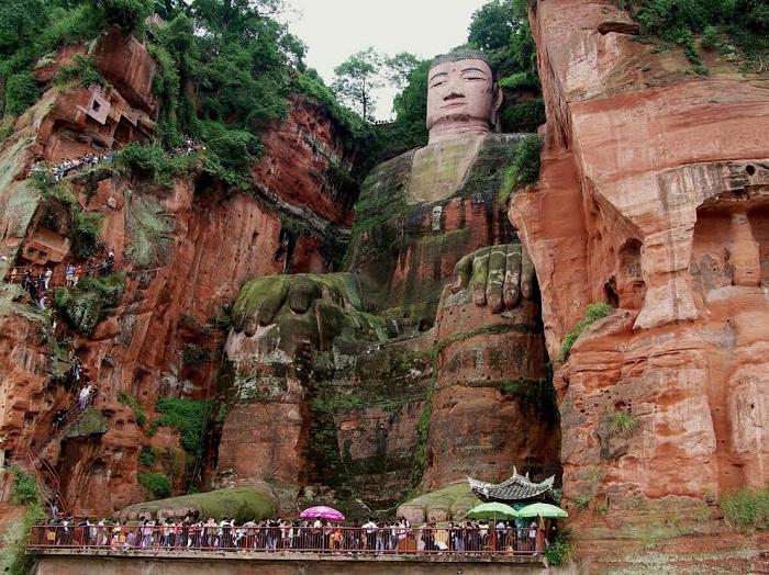 Tượng Lạc Sơn Đại Phật (Trung Quốc).