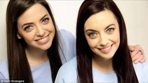 Niamh Geaney (trái) và Karen Branigan (phải) giống nhau như 2 giọt nước