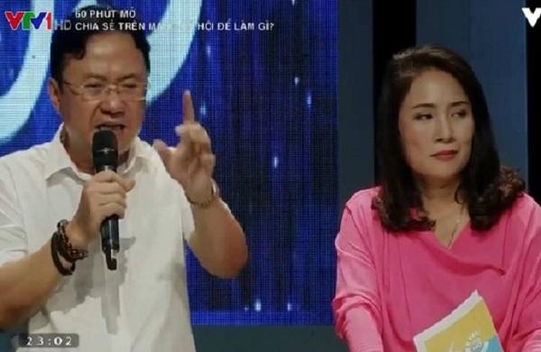 Nhà báo Hồng Thanh Quang và MC Tạ Bích Loan trong chương trình 60 phút mở.