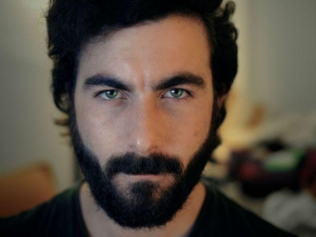 Đàn ông chú tâm sự nghiệp thường có khuôn mặt nhọn. (Ảnh: internet)