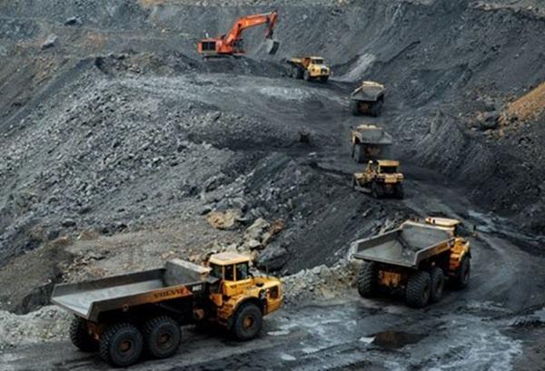 Trung Quốc đang cắt giảm sản lượng than. (Ảnh:internet)
