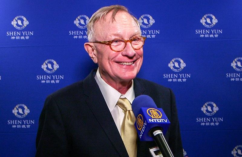 Shawn Steel nói rằng đã nhìn thấy tương lai và hy vọng về vấn đề nhân quyền tại Trung Quốc sau khi xem biểu diễn nghệ thuật Shen Yun. (Ảnh: NTDTV)