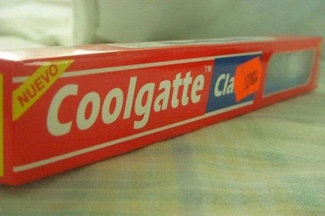"""Chữ """"o""""? Thêm một chữ """"o"""". Chữ """"t""""? Thêm một chữ """"t"""". Và chúng ta có kem đánh răng """"Coolgatte"""", thay vì Colgate như bình thường."""