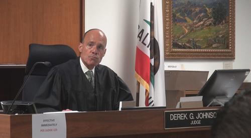 Thẩm phán Derek G. Johnson tại phiên điều đình, xét xử vụ án Minh Béo.