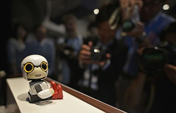 Robot Kirobo Mini của tập đoàn Toyota vừa ra mắt gần đây Ảnh: EPA