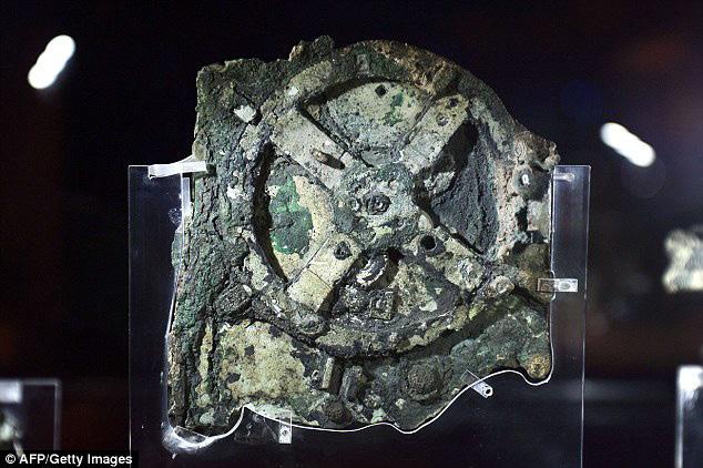 Antikythera Mechanism - cỗ máy tính cổ nhất thế giới