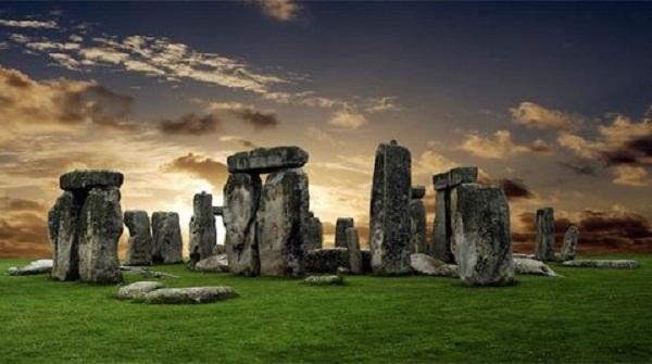 Di tích bãi đá cổ Stonehenge đã được UNESCO công nhận là Di sản thế giới năm 1986.