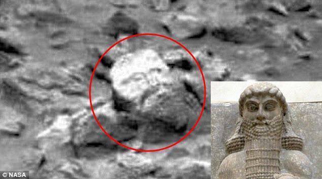 Khối đá được cho là có hình dạng giống tượng Nabu trên sao Hỏa.