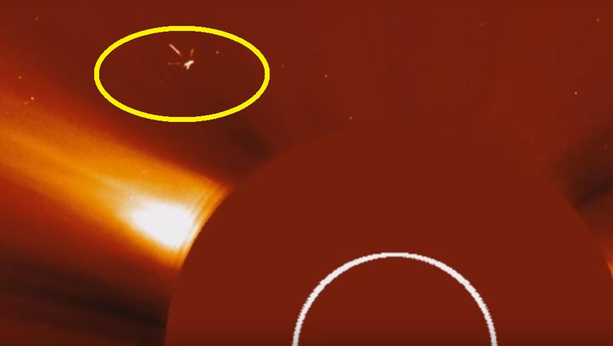 Theo đó, sự việc được phát hiện vào ngày 11/9/2016do thiết bị Streetcap1 của Youtube chụp lại được. (Nguồn ảnh: ufosightingsdaily).