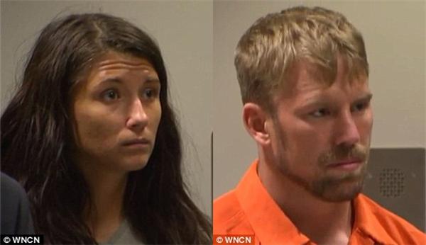 Jeanie Ditty và bạn trai Zachary Earl Keefer xuất hiện trước tòa sau khi cảnh sát xác nhận con gái Ditty bị bạo hành.