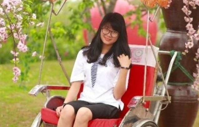 Nữ thủ khoa đại học khối C Nguyễn Thị Kim Ngân.