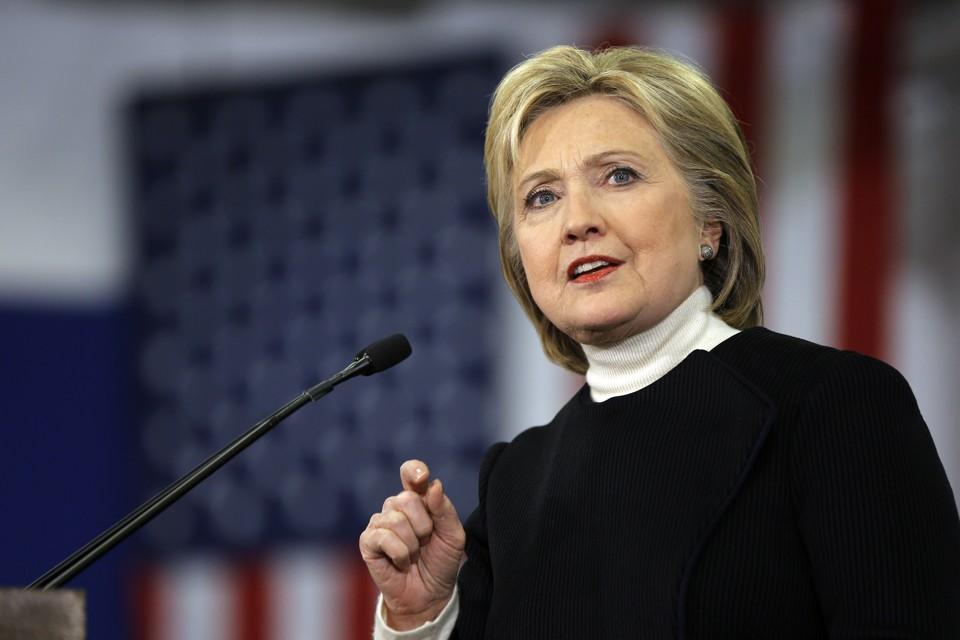 Những năm tháng cống hiến ở chính trường, đã lấy đi nhiều sức khỏe của bà Hillary. (Ảnh: internet)
