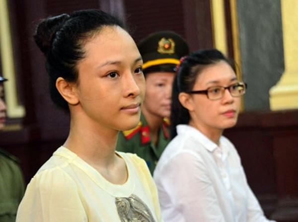 Hoa hậu Phương Nga tại tòa ngày 21/9