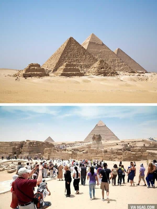 """Kim tự tháp Ai Cập cũng bớt phần nào uy nghiêm, huyền bí với lượng khách """"khủng"""" thế này. (Ảnh: 9GAG)."""