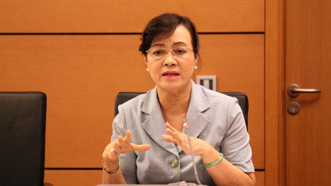 Bà Nguyễn Thị Quyết Tâm tại phiên thảo luận chiều 22-10 tại Quốc hội - Ảnh: VIỄN SỰ