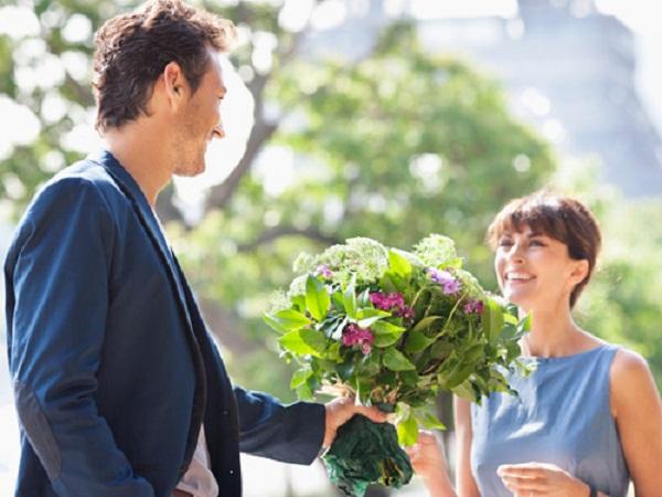 tình yêu là niềm vui đến từ hai phía, là sự hiểu biết và khoan dung lẫn nhau. Ảnh minh họa
