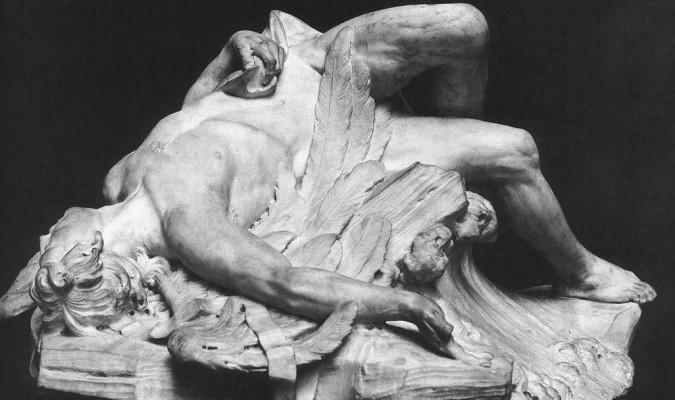 """Bức tượng """"The Dead Icarus"""", 1743, miêu tả xác cậu thanh niên Icarus xấu số (Bảo tàng Louvre)."""