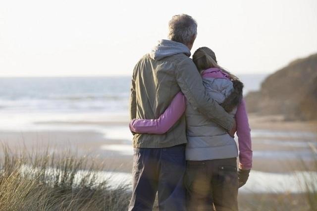 Suốt một đời nếu như có thể có được một người yêu thương chân thành yêu thương, thì quả thật là tốt đẹp biết bao. (Ảnh: Internet)