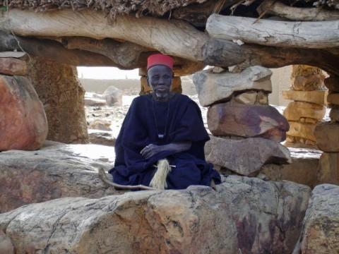Hogon, một lãnh đạo tinh thần của người Dogon. ( Senani P. / Wikimedia Commons )