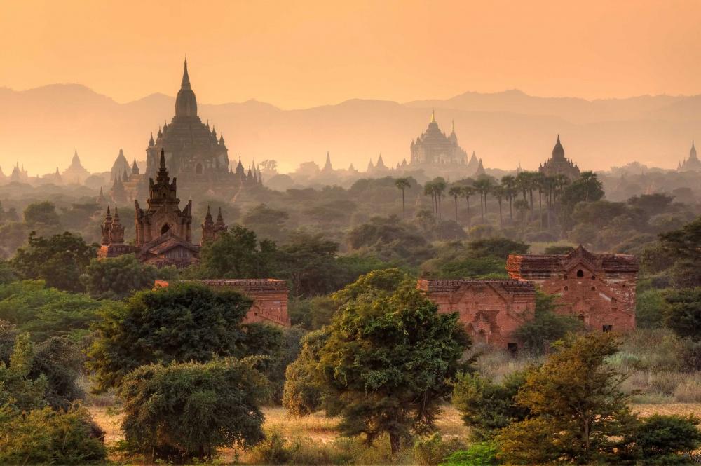 289355-fairy-tales-bagan-myanmar-ruins-1000-5369b2a47b-1475150456