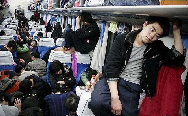 Xã hội Trung Quốc, mỗi thời khắc đều phải đối mặt với lừa đảo và dối trá. (Ảnh: Internet)