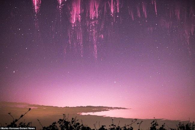 Những hiện tượng thiên nhiên kỳ bí xuất hiện trên thế giới - H7