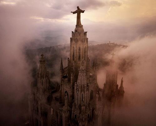 Nhà thờ Sagrat Cor thuộc thành phố Barcelona, Tây Ban Nha