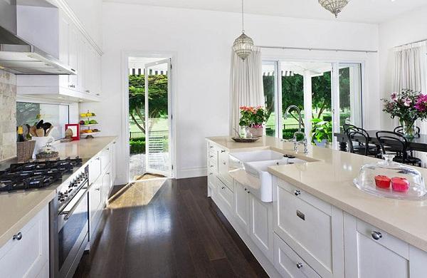 Đặt bếp ở hướng Tây, những người sống trong căn nhà đều bị ảnh hưởng không tốt về sức khỏe. (Ảnh: Internet)