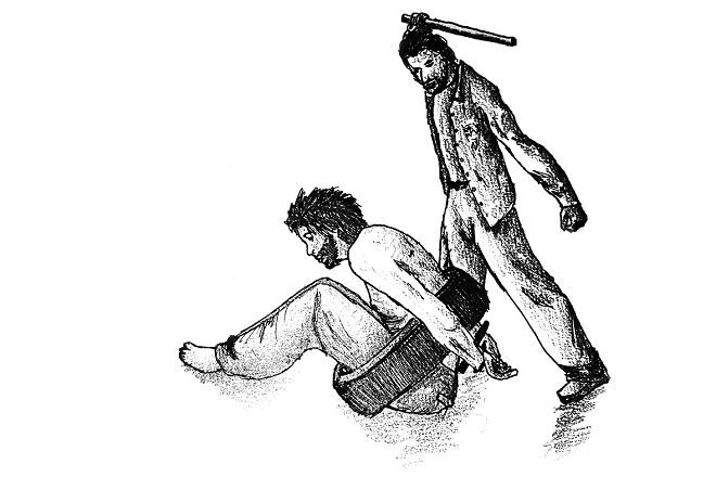 Phương pháp tra tấn bằng cách gập người tù nhân vào lốp xe. Minh họa: HRW