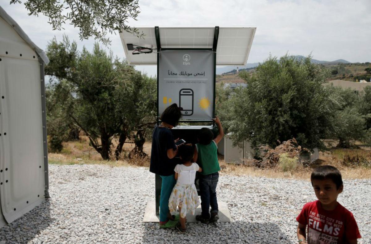 Khí hậu của Hy Lạp rất phù hợp để thu năng lượng từ ánh nắng và dùng nó cho trạm sạc pin công cộng.