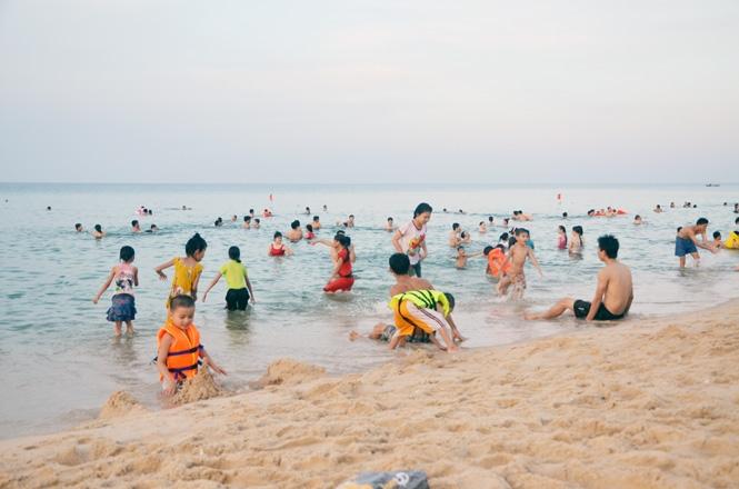 4 nữ sinh lớp 7 chết đuối khi đi tắm biển sau giờ học (Ảnh minh họa)