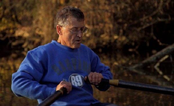 Gabriel Horchler đã chọn cách chèo thuyền đi làm để tránh tắc đường.