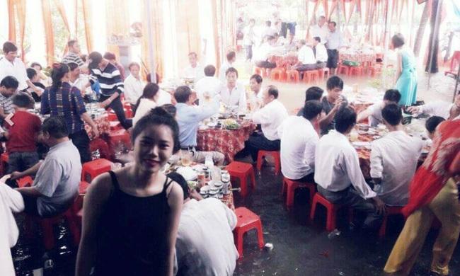 Đám cưới chạy lũ ở Khánh Hòa: Nước ngập nào ngăn hạnh phúc lứa đôi.4