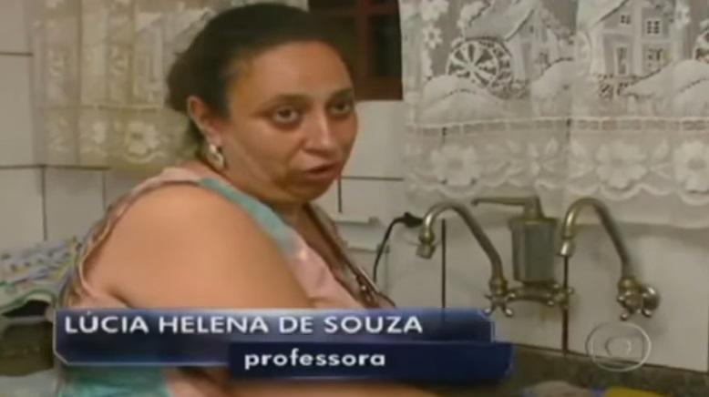 Giáo sư Lucia cho biết bà chuẩn bị túi thức ăn và rời nhà vào 9 giờ tối hàng ngày (Ảnh: Youtube)