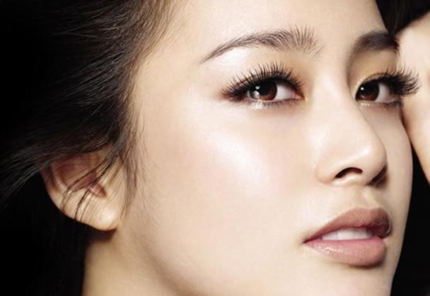 Sống mũi thẳng, không gồ ghề và có chiều dài phù hợp với gương mặt được coi là đẹp. (Ảnh: Internet)