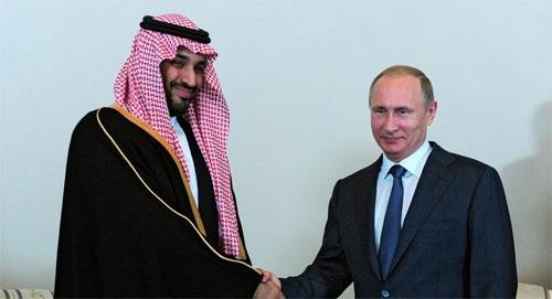 Putin trong cuộc gặp với Bộ trưởng Quốc phòng Arab Saudi, hoàng tử Mohammed bin Salman, tại Nga, ngày 18/6. Ảnh internet