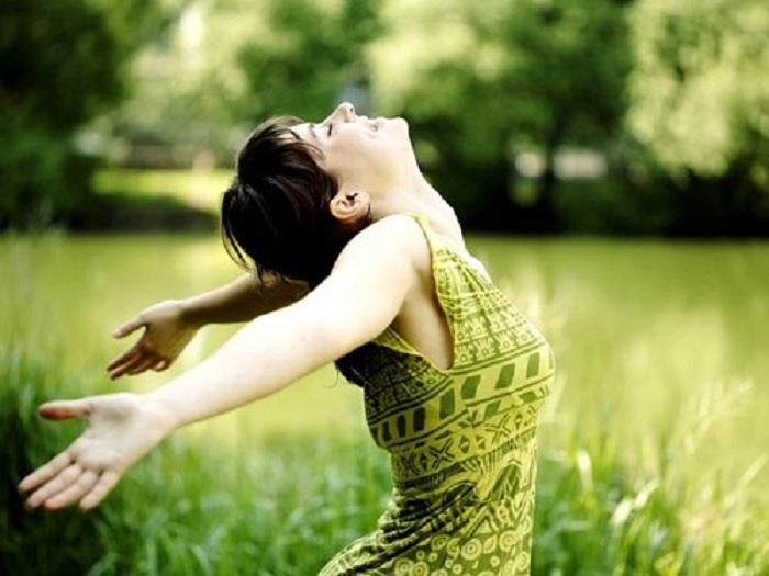 Nếu sáng nay tỉnh dậy, cảm thấy mình khỏe mạnh, thì bạn đã hạnh phúc hơn rất nhiều người không còn cơ hội sống đến ngày mai. (Ảnh: Internet)