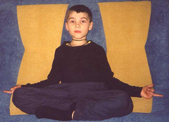 """""""Cậu bé Hỏa tinh"""" Boriska sinh ngày 11/1/1996. (Ảnh: Ravenecho)"""