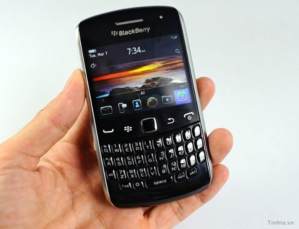 Blackberry-Curve-Apollo-