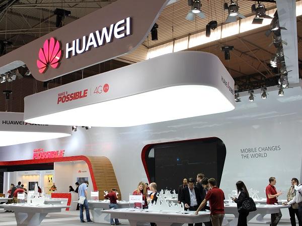 Huawei nhanh chân hơn khi đã sẵn sàng với hệ thống 515 cửa hàng trên khắp Trung Quốc. (Ảnh: Internet)
