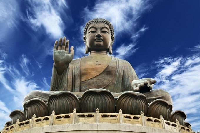 Tượng Phật khổng lồ ở Đại Nhĩ Sơn Hong Kong